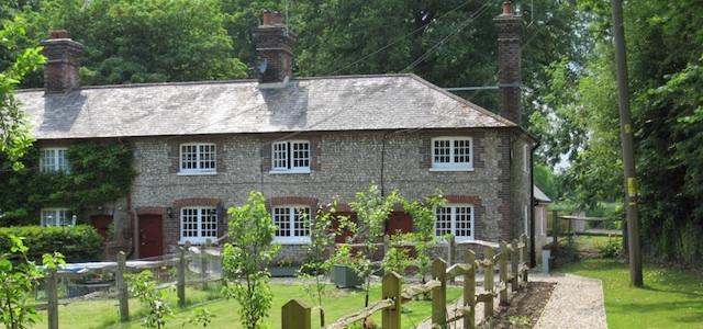 Angmering Park Estate - Residential Cottage